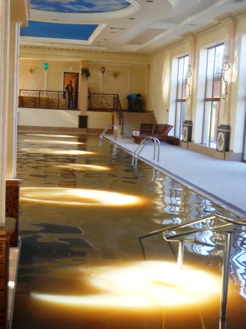 Термальний басейн у Берегово