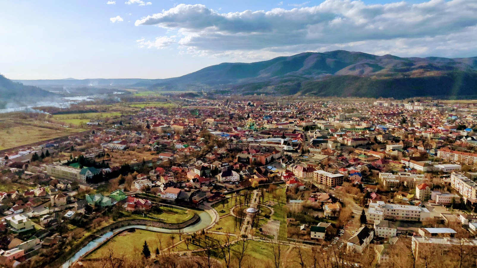 Травневі свята на Закарпатті: відпочинок, екскурсії