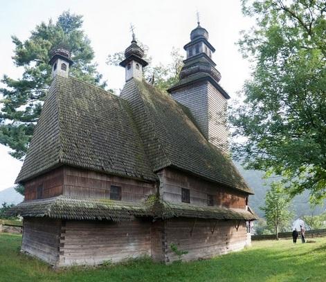 Храм Колочава