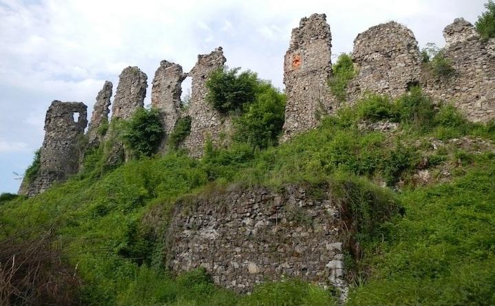 Хуст замок, руїни