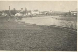 Правий берег річки Уж, район Малий Галагов, фото поч. 20-х років, до формування набережної