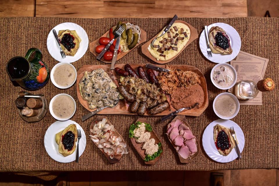 Закарпатська кухня – дегустація в корчмі Підкова