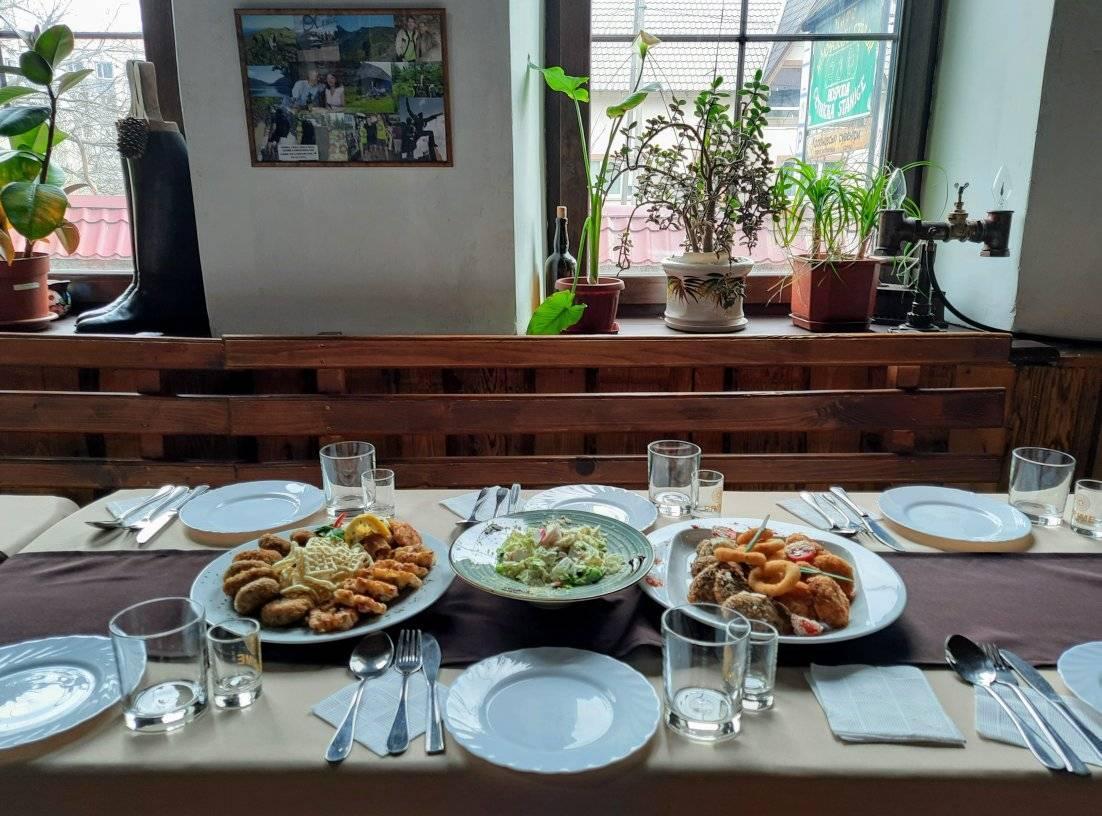 "Де поїсти в селі Колочава: Корчма ""Сetnicka stanice"""