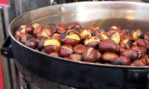 Закарпатська кухня: їстивні каштани