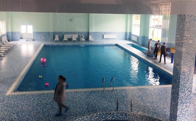Відпочинок в Рахові – басейн та аквапарк