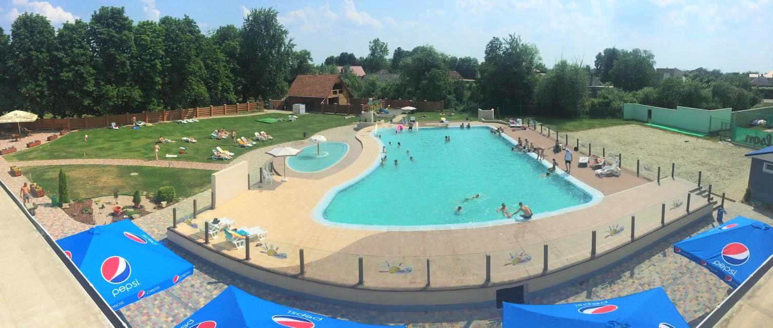 Відпочинок за Ужгородом – басейн спорткомплексу Zinedine