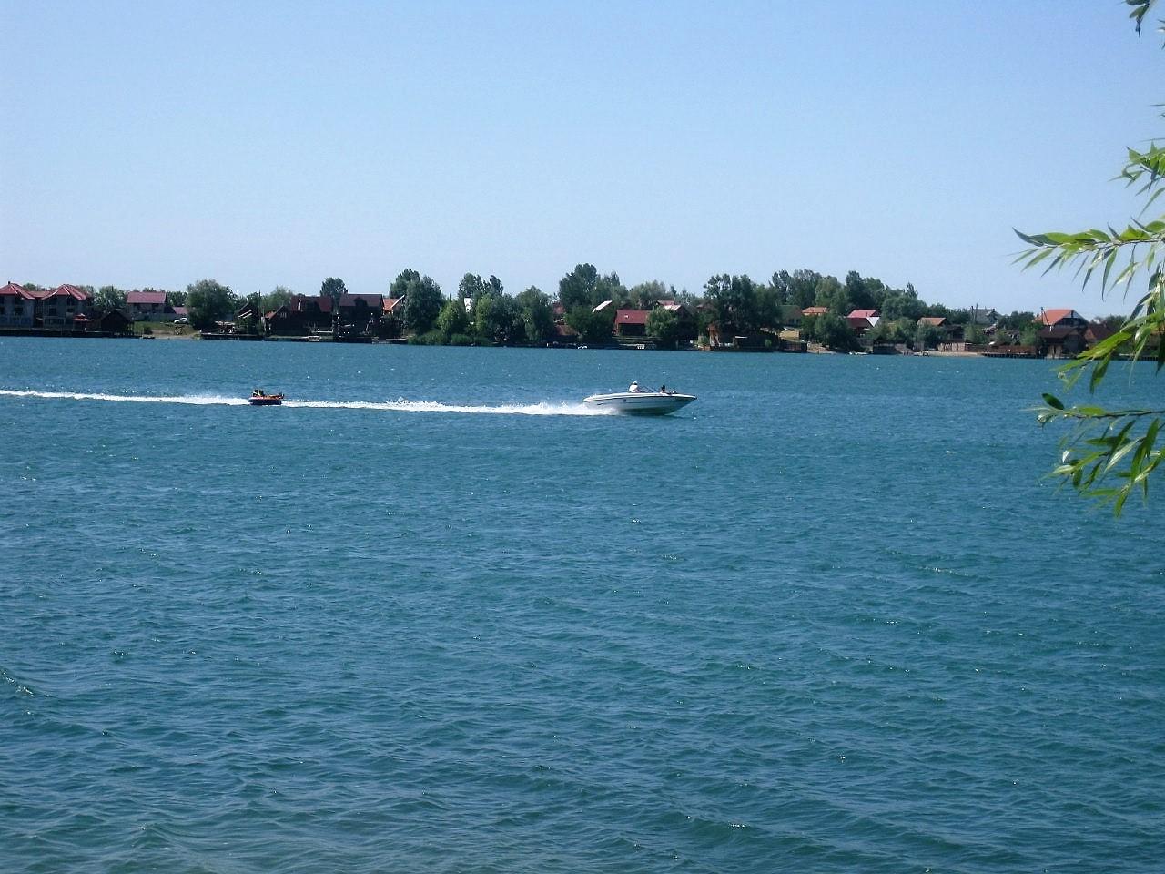Українцям дозволять купатись у водоймах