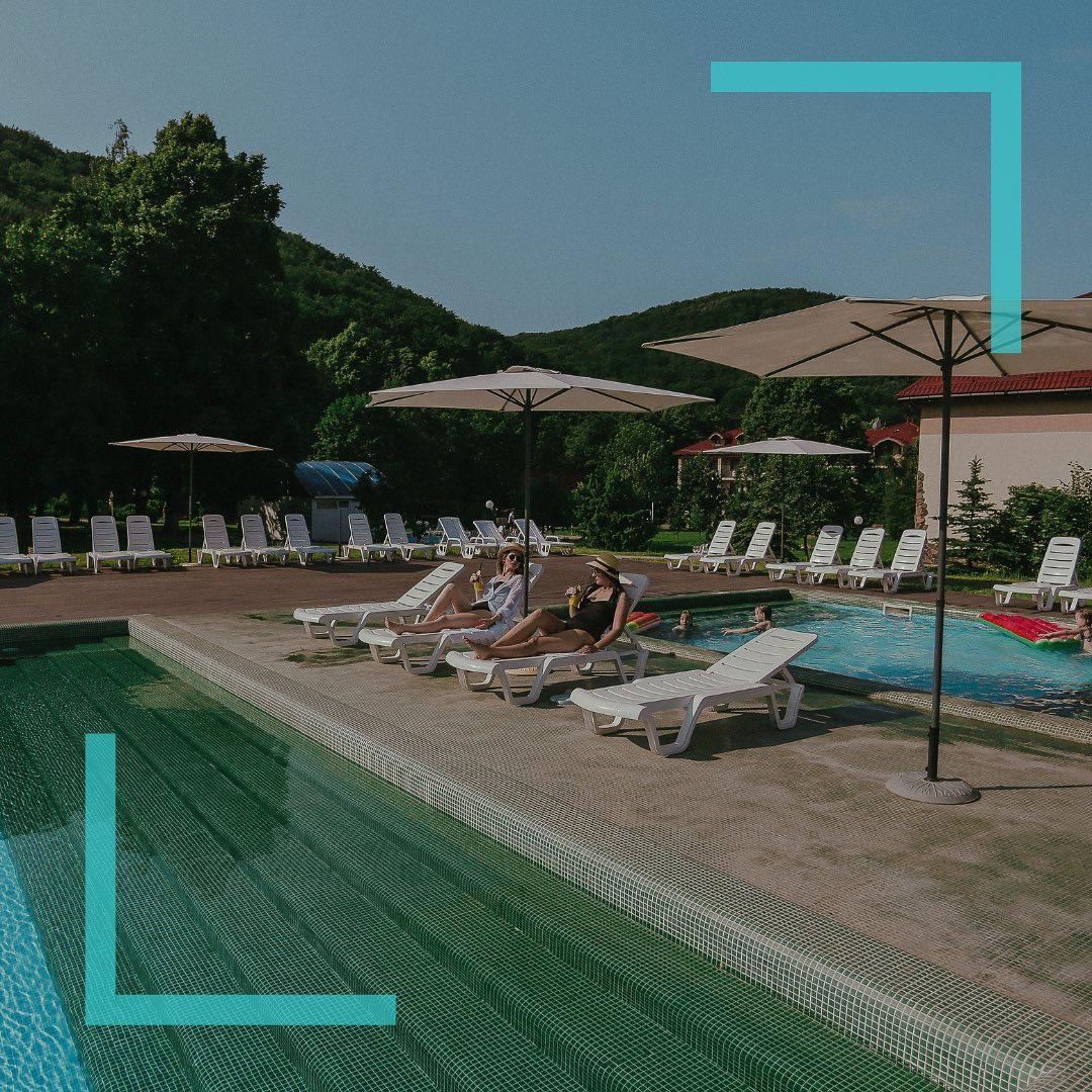 Відкриті басейни Богольвар – ціни, графік роботи