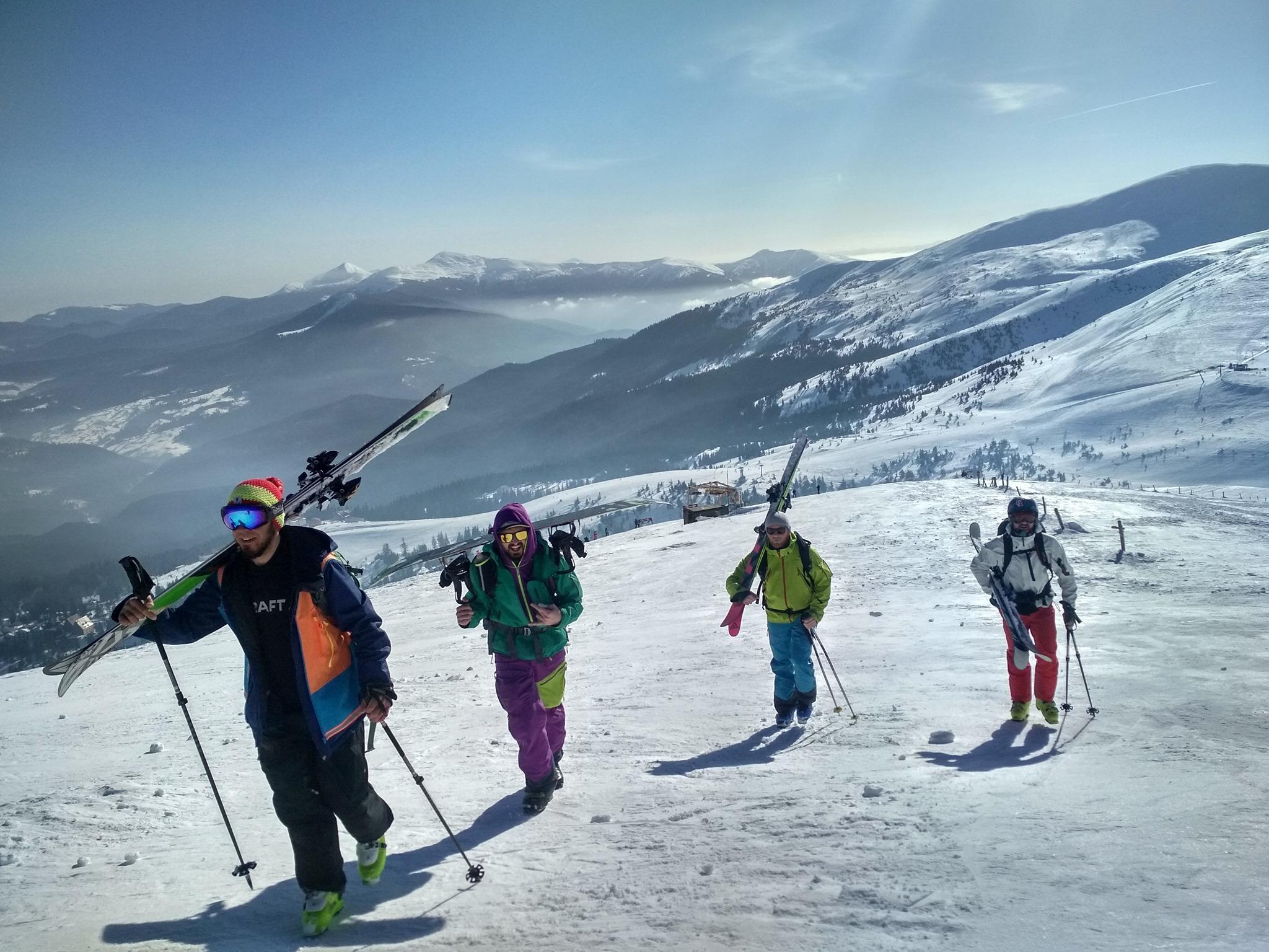 Топ-5 гірськолижних курортів в Україні: Буковель, Драгобрат, Мигово, Плай, Яремче. Почніть планувати зимовий відпочинок в Карпатах вже сьогодні.